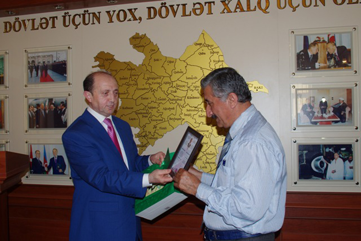 Tacikistanda Heydər Əliyevin anadan olmasının 92 illiyi qeyd olunub (FOTO)