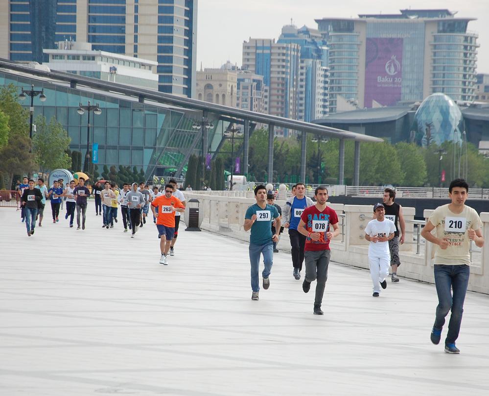 Birinci Avropa Oyunları ilə bağlı Bakıda yürüş keçirilib (FOTO) (ƏLAVƏ OLUNUB)