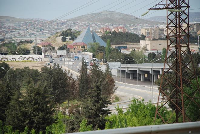 Bakı Dairəvi-1 avtomobil yoluna birləşən yeni körpü istifadəyə hazırdır (FOTO)