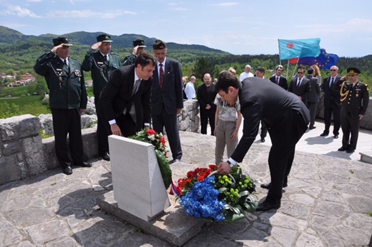 Azərbaycan nümayəndə heyəti Sloveniyada faşizm üzərində qələbəni qeyd edib (FOTO)