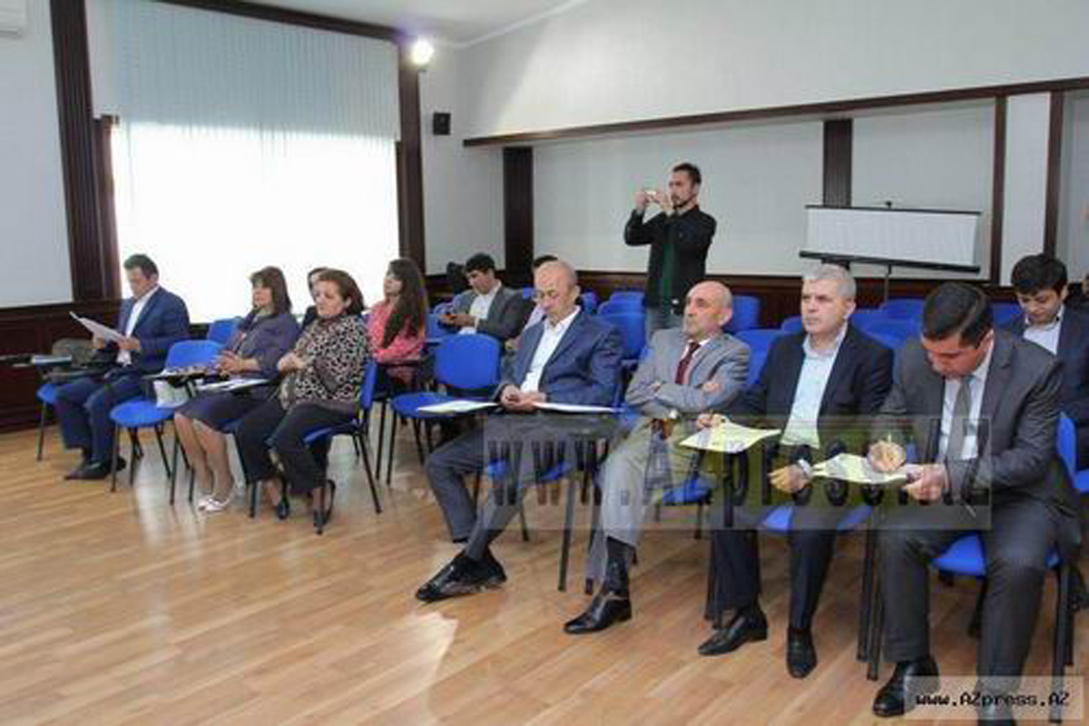"""""""Din məktəblərdə tədris olunmalıdır"""" (FOTO)"""