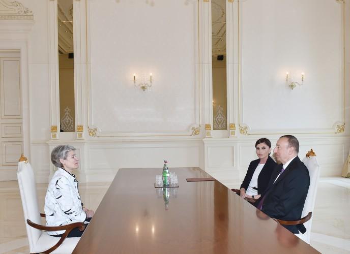 Prezident İlham Əliyev və xanımı UNESCO-nun baş direktorunu qəbul ediblər