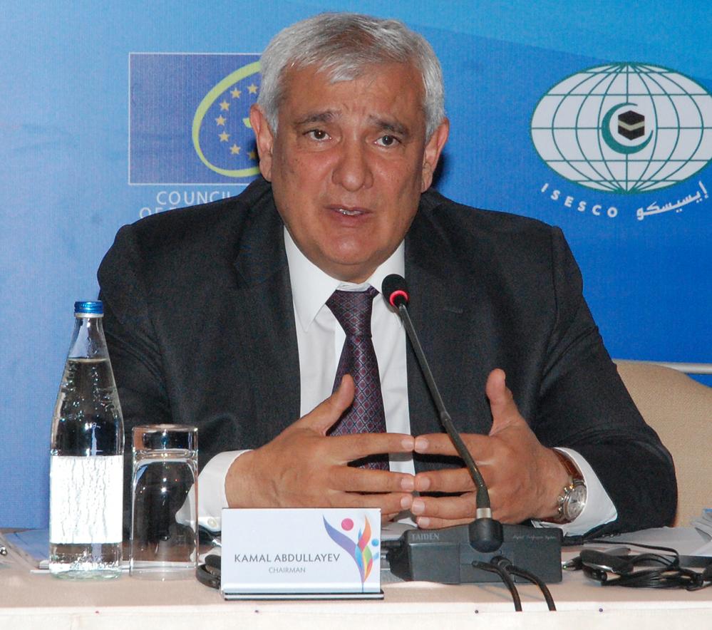 Kamal Abdullayev Azərbaycandakı tolerant mühitdən danışdı (FOTO)
