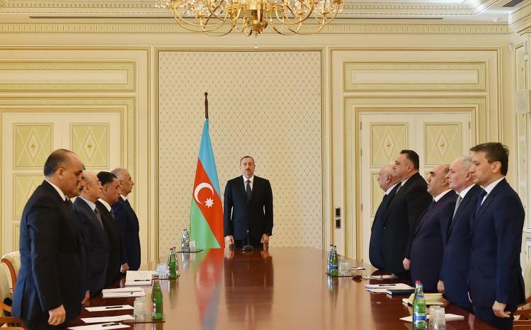 Необходимо серьезно расследовать причины пожара в Баку – Президент Ильхам Алиев