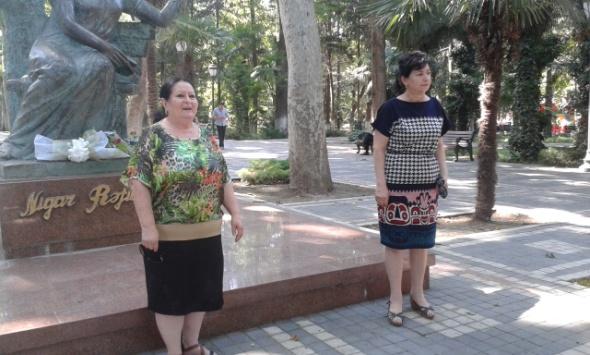 """Gəncədə """"Nigar poeziya günü"""" keçirilib (FOTO)"""