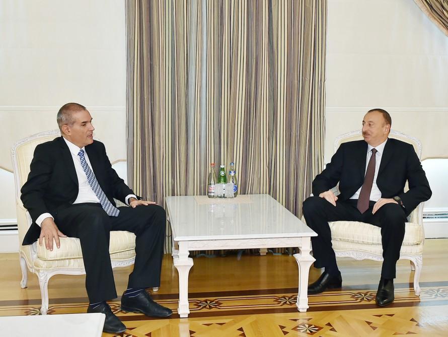 Президент Ильхам Алиев принял посла Израиля в связи с завершением его дипмиссии