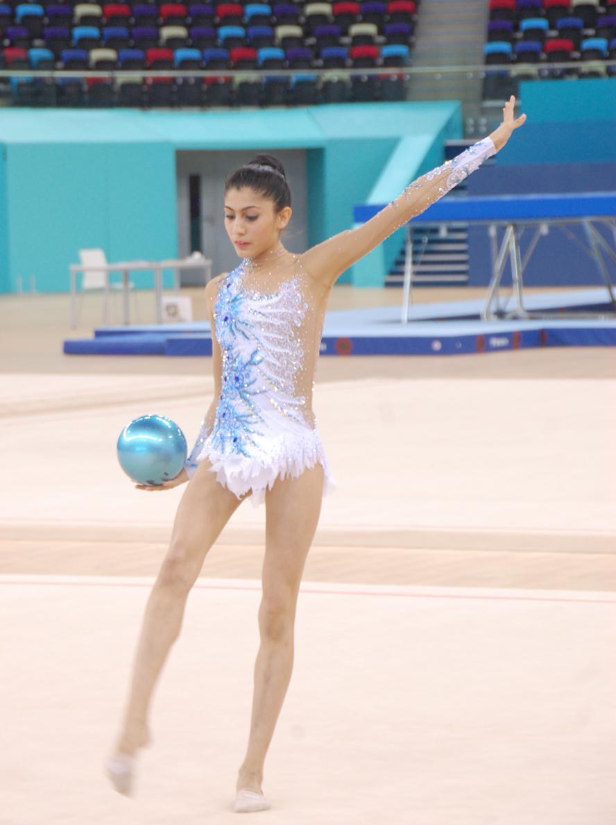 В Национальной гимнастической арене в Баку прошла контрольная тренировка азербайджанских и зарубежных спортсменок (ФОТО)