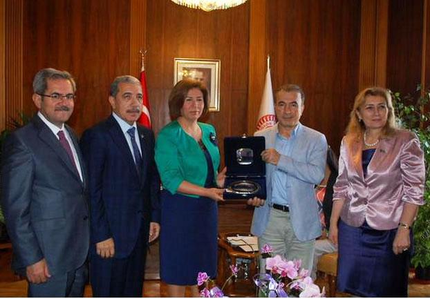 Necdet Ünüvar Azerbaycan Milletvekilleri ile TBMM'de görüştü (Foto Haber)