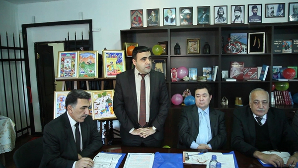 В Узбекистане почтили память Бахтияра Вагабзаде (ФОТО)