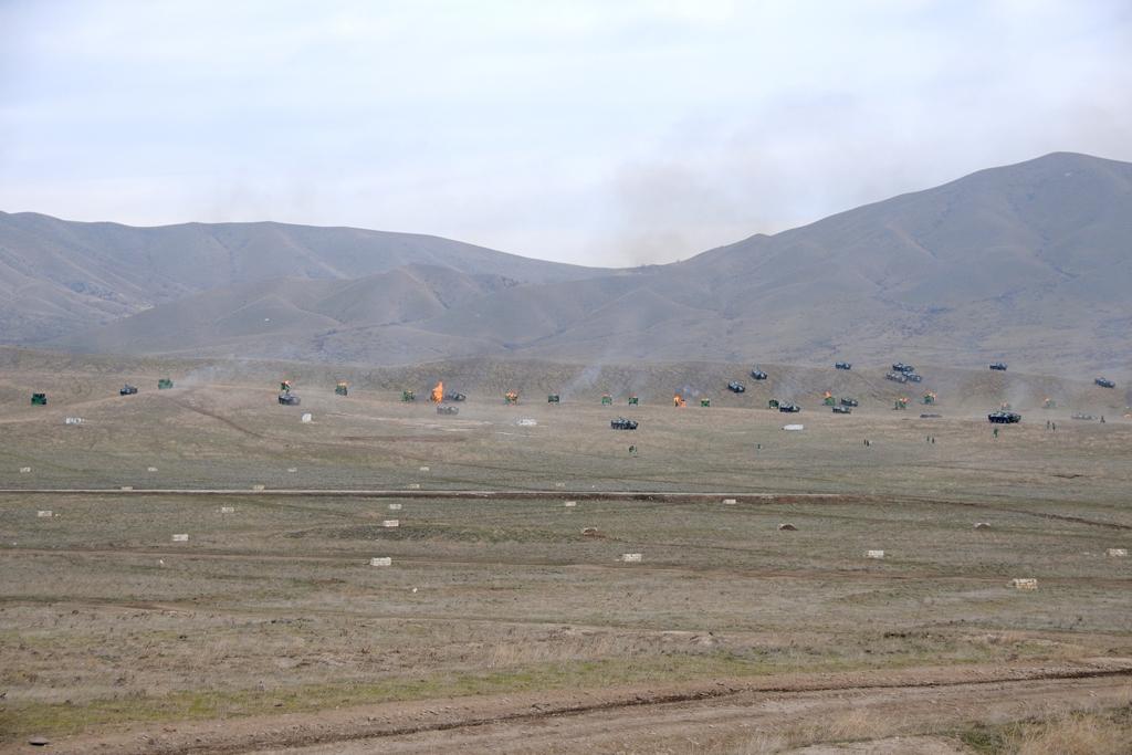 Azerbaycan Sınır Savunma Servisi'nin hazırlık seviyyesi denetildi