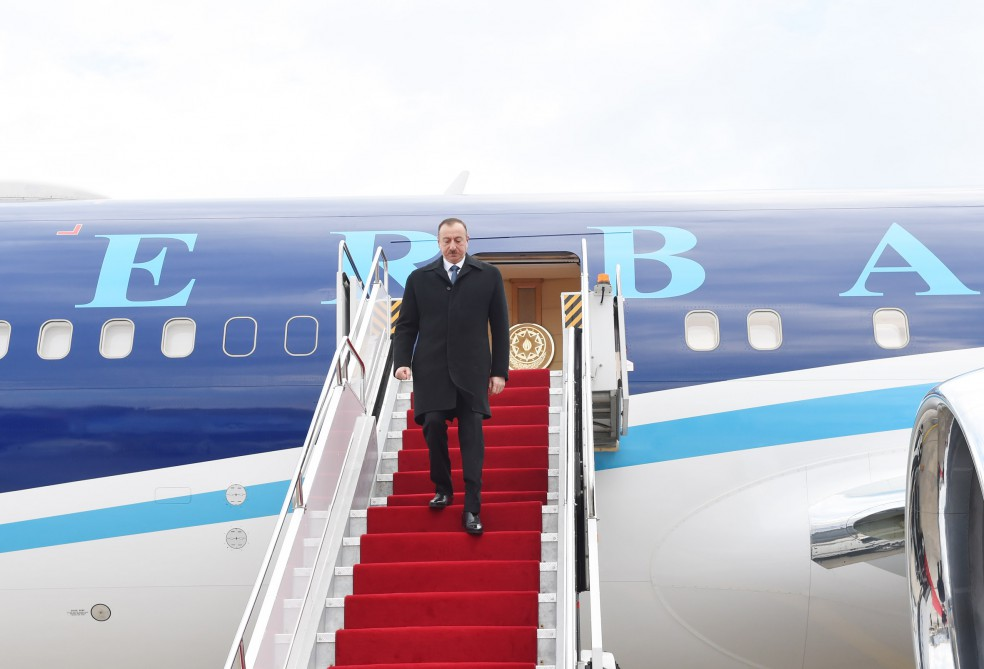 President Aliyev arrives in Nakhchivan Autonomous Republic  (PHOTO)