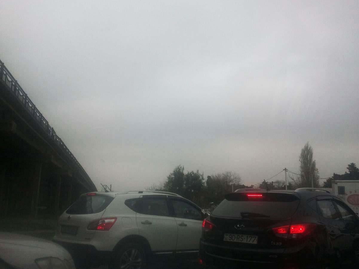 Bakü'de Nardaran köylüleri ulaşım yolunu kapattılar (Foto Haber)
