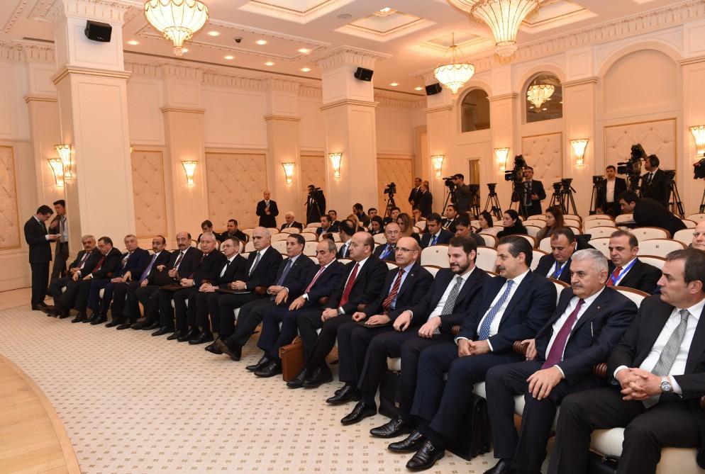 Azerbaijani president, Turkish PM make press statement (PHOTO)