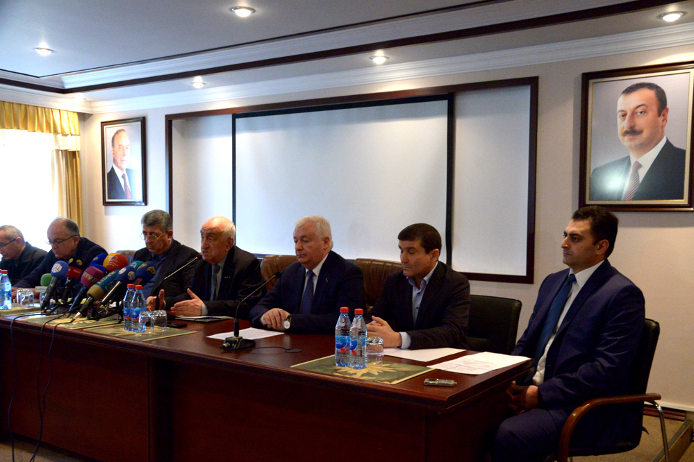 SOCAR focused on searches, fire-fighting on faulty offshore platform (PHOTO)