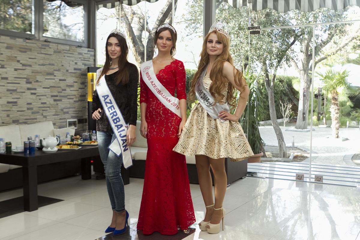 сексуальные девушки туристы в азербайджане