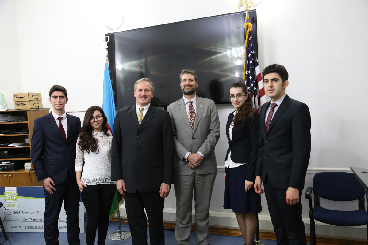 US envoy meets winners of the Azerbaijan Business Case Competition