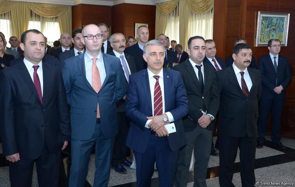"""İsmail Kahraman: """"Azerbaycan ve Türkiye işbriliği bölgeye çıkar sağlıyor"""""""