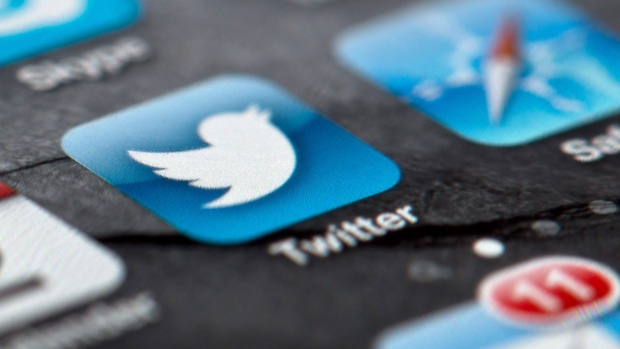 Twitter says resolved issue that could have exposed user