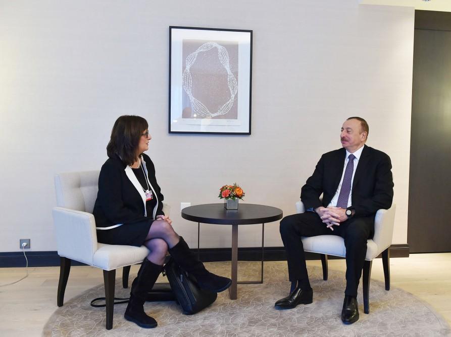 """Azerbaycan Cumhurbaşkanı """"Microsoft Corporation"""" şirketi Başkan Yardımcısı ile biraraya geldi (FOTO)"""