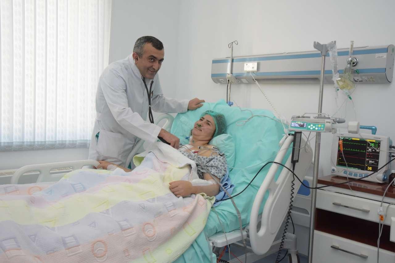 В Азербайджане проведена уникальная операция на сердце