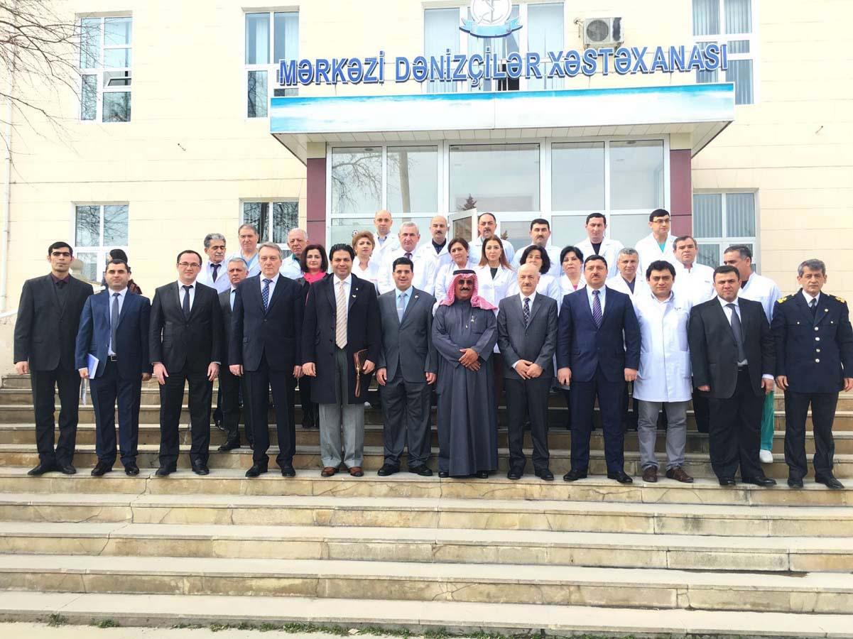 Правительство Кувейта подарило азербайджанским медикам оборудование