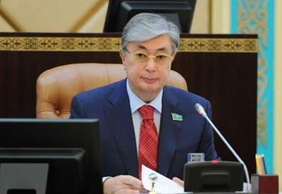 Спикер сената парламента Казахстана Токаев будет временно исполнять обязанности президента