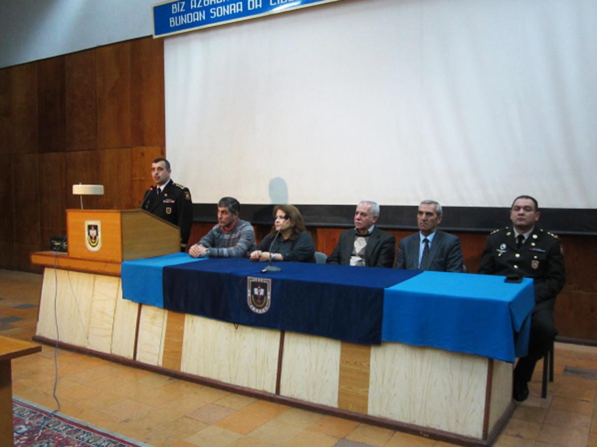 В Баку показали фильмы о Национальных героях Азербайджана