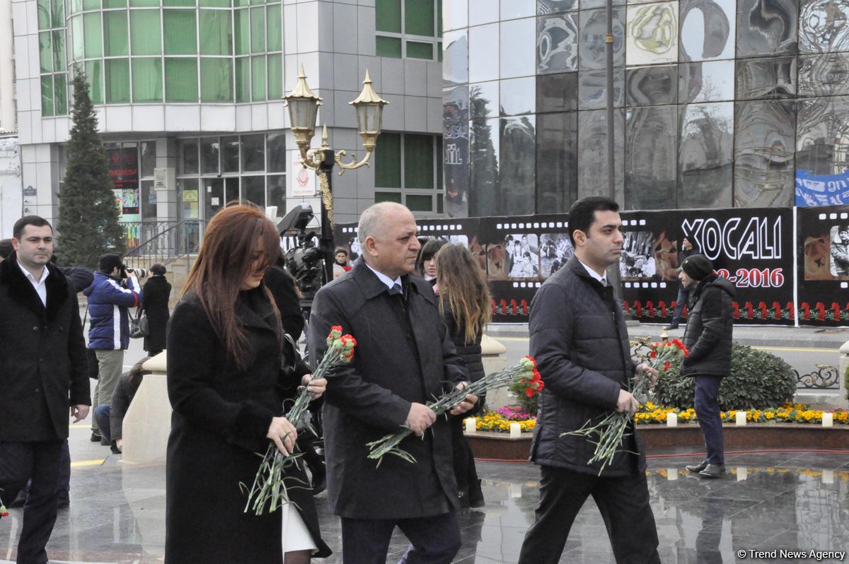 Общественность Азербайджана чтит  память жертв Ходжалинского геноцида  (ФОТО)