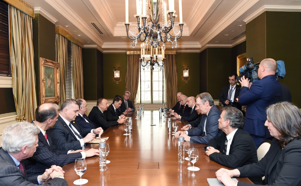 President Ilham Aliyev meets with heads of American Jewish organizations (PHOTO)