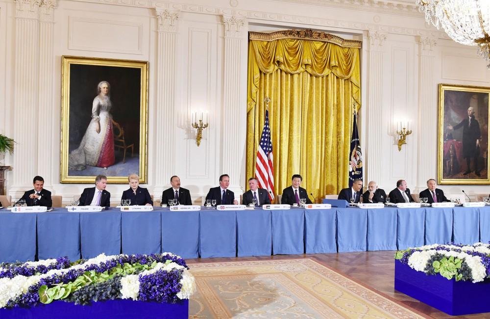 Beyaz Saray'da devlet ve hükümet başkanlarının onuruna yemek verildi (Fotoğraf)