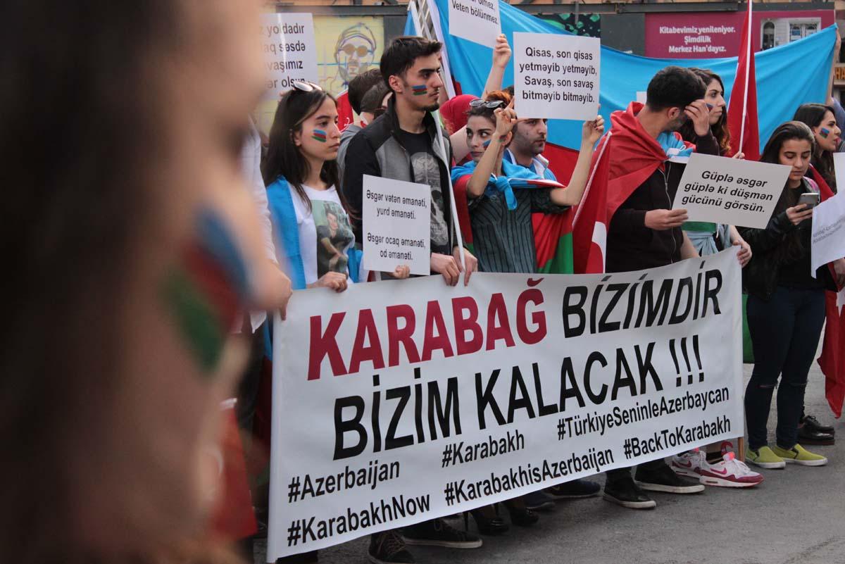 İstanbul'da Ermeni provokasyonları protesto edildi (Fotoğraf)