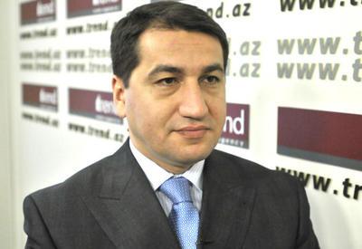 Hikmət Hacıyev Prezident Administrasiyasının Xarici əlaqələr şöbəsinin müdir müavini vəzifəsinə təyin olunub