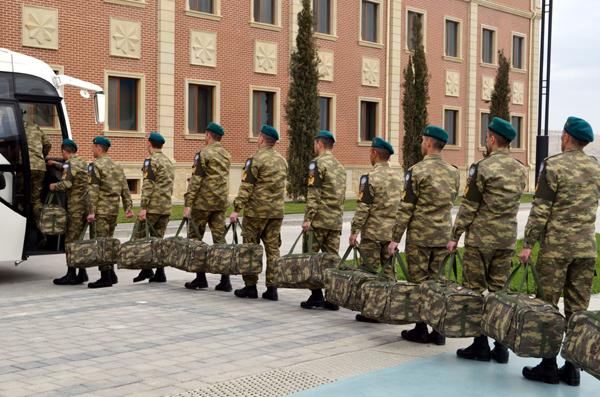 Azerbaycan Barış Birlikleri Afganistan'a gitti (Fotoğraf)