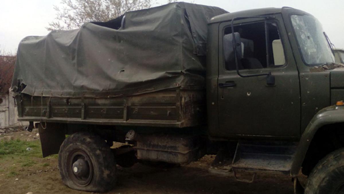 Ermenistan tarafının askeri temas hattında bırakıp kaçtığı askeri malzeme Azerbaycan tarafından ele geçirildi (Fotoğraf)