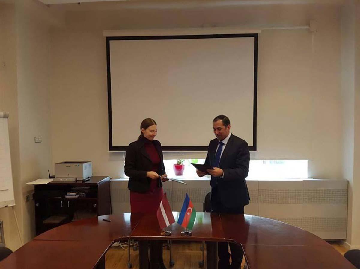 Azərbaycan və Latviya arasında protokol imzalanıb (FOTO)
