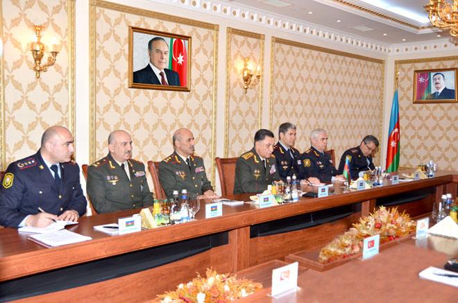 Azerbaycan İçişleri Bakanı Türkiye Jandarma Genel Komutanı ile bir araya geldi