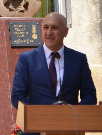 """""""Heydər Əliyev və Azərbaycan: möhtəşəm inkişaf erasına doğru"""" (FOTO)"""