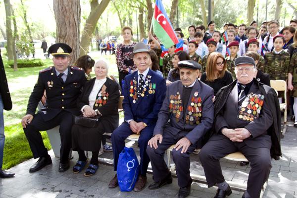 Böyük Vətən müharibəsində həlak olanların xatirəsi yad edilib (FOTO)