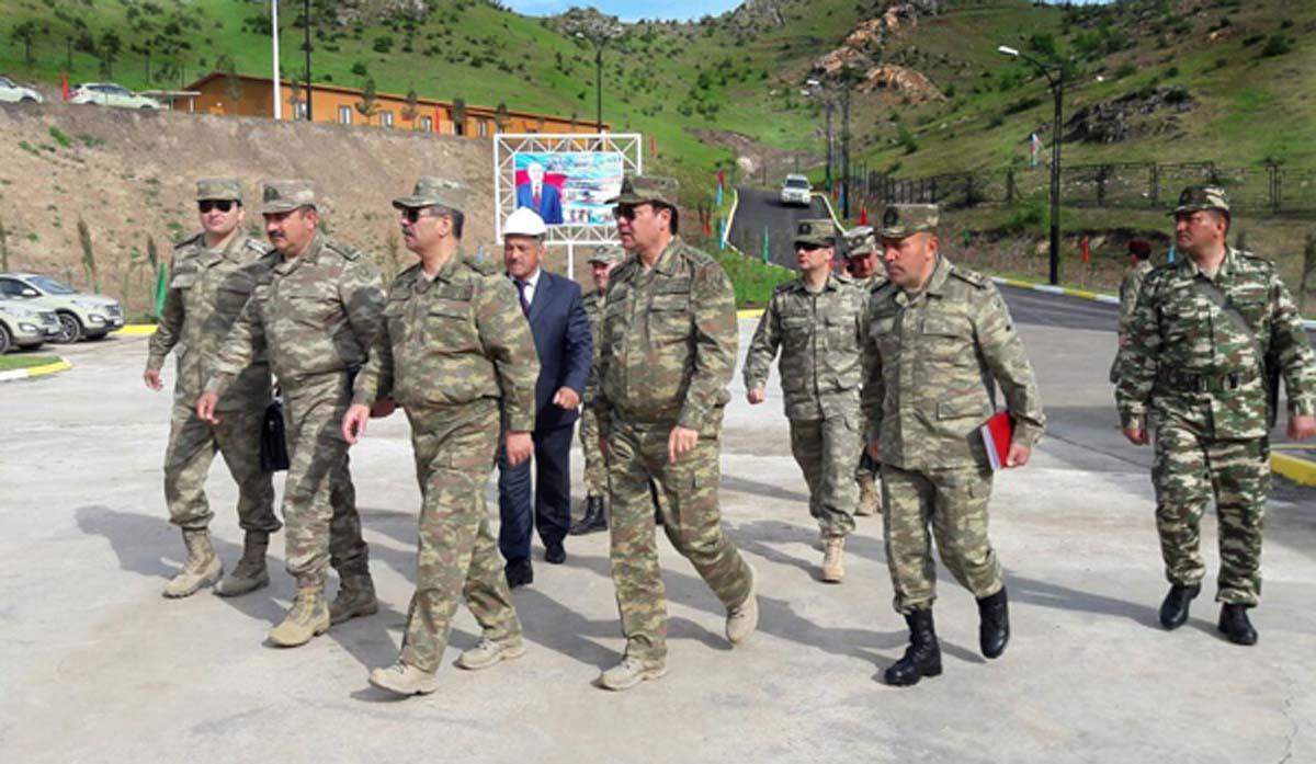 Azerbaycan askeri temas bölgesinde yeni askeri üssünü kullanıma açtı (Fotoğraf)