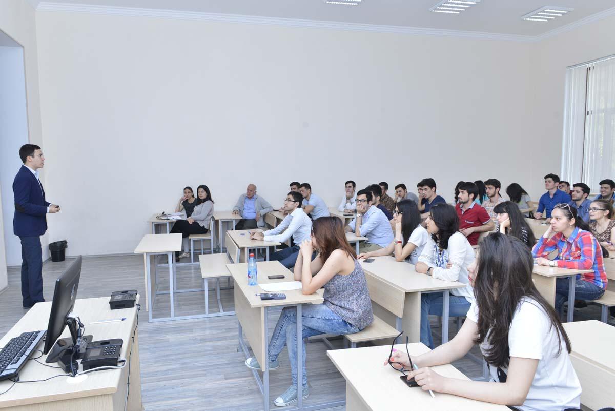 В Бакинской Высшей Школе Нефти проведена презентация компании Schlumberger