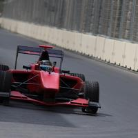 """Azərbaycan pilotu Bakıda """"Formula-1"""" trekini sınaqdan keçirib (FOTO)"""