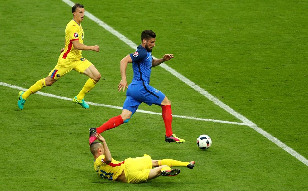 Ev sahibi Fransa galibiyetle başladı (Foto, Görüntü)