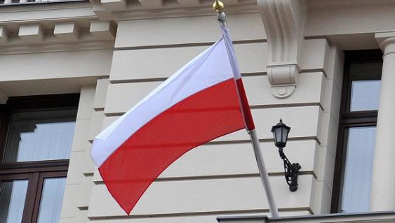 Венгрия будет ветировать решенияЕС относительно санкций против Польши