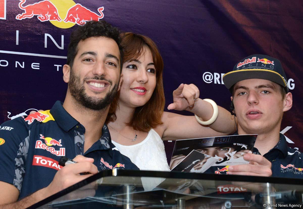 Red Bull Pilotu: Bakü şehir pistinde 350km/s hız yapılabilir