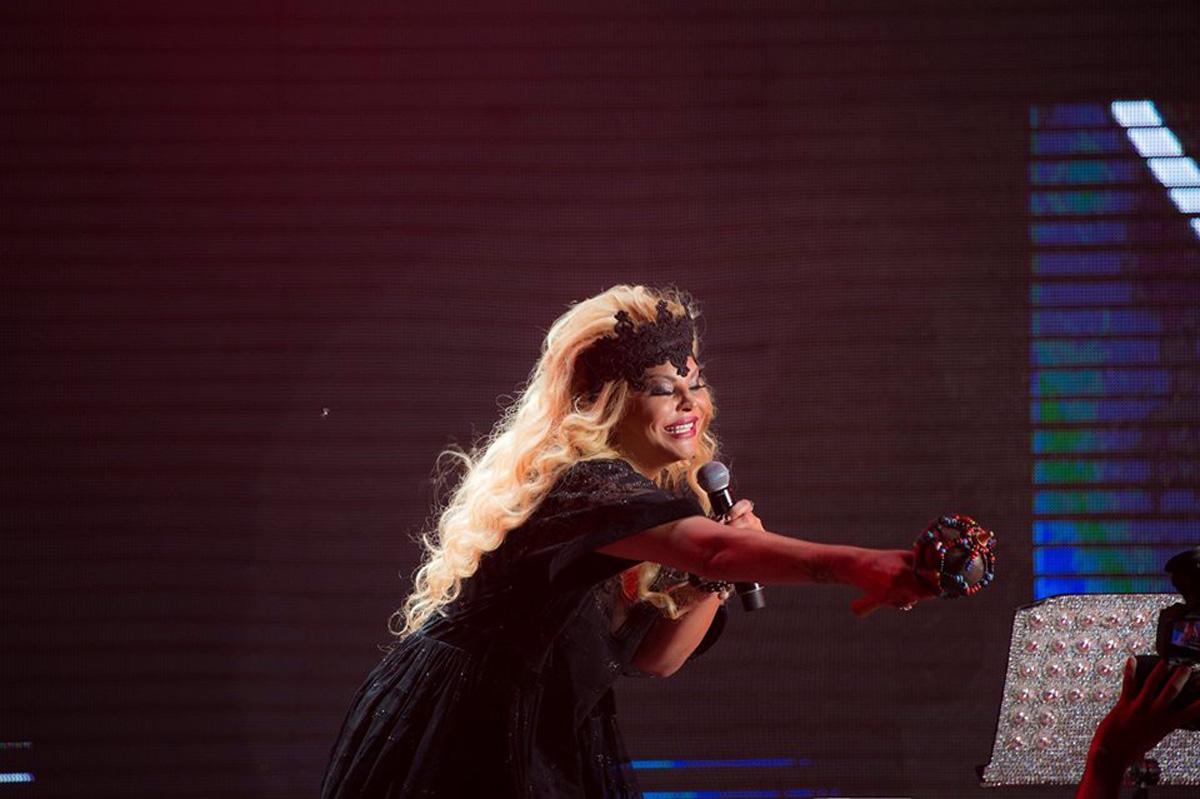 Aygün Kazımovadan yayın ilk konserti (FOTO)