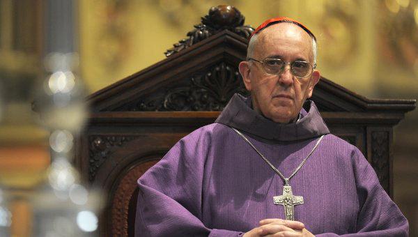 Roma Papası Yaxın Şərqdəki vəziyyətlə bağlı: Zorakılıq heç vaxt sülh gətirm ...