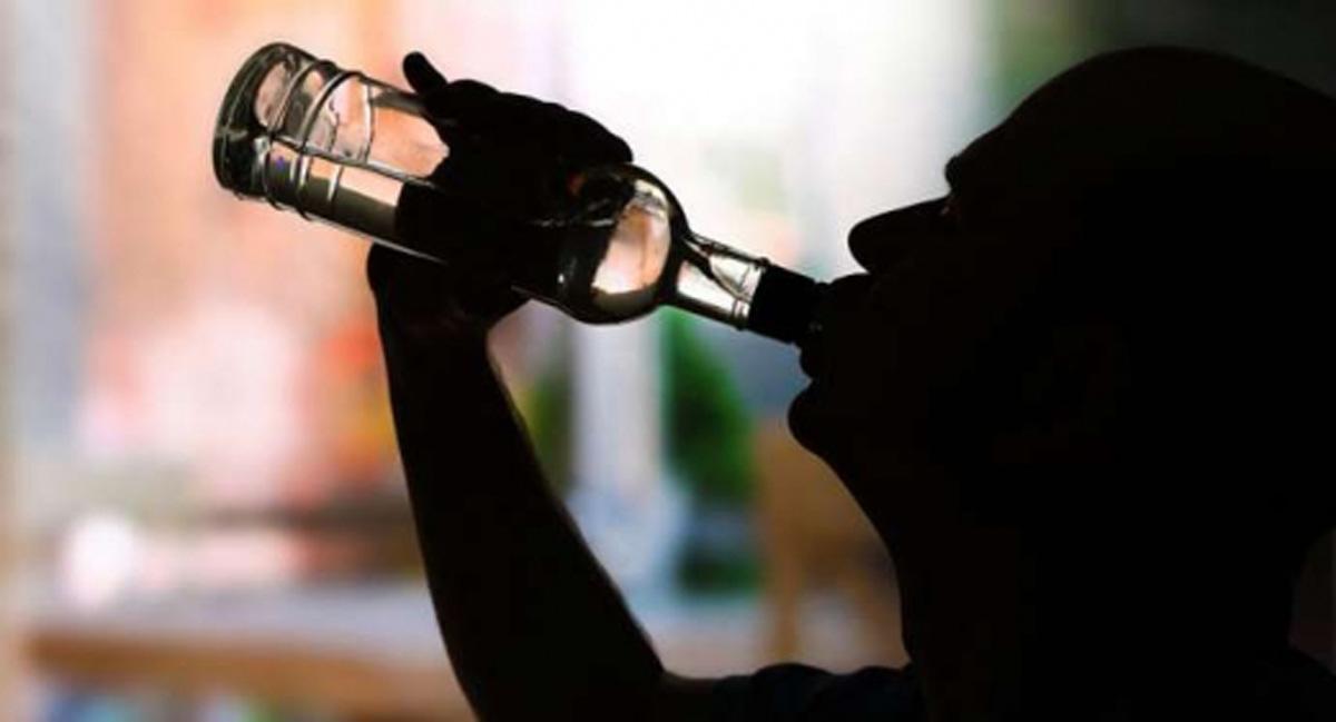 Tovuzda 52 yaşlı kişi spirtli içkidən komaya düşdü