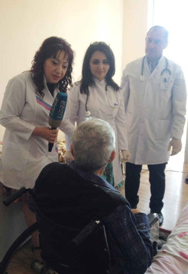 Азербайджанские звезды посетили Дом престарелых и инвалидов (ФОТО)
