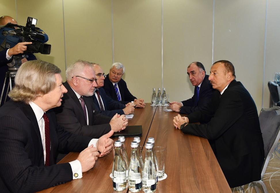 Cumhurbaşkanı Aliyev Varşova'da AGİT Minsk Grubu Eşbaşkanları ile görüştü (Fotoğraf)