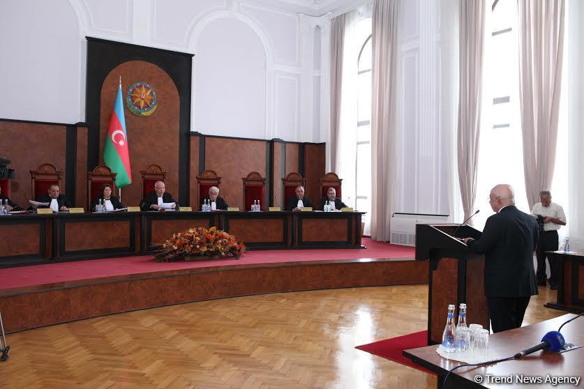 Azərbaycan Konstitusiyasına dəyişikliklərlə bağlı layihəyə baxılır (FOTO) (ƏLAVƏ OLUNUB)